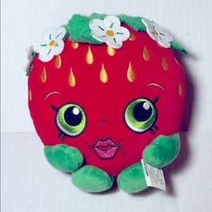 SHOPKINS Strawberry Kiss Mini Plush Toy